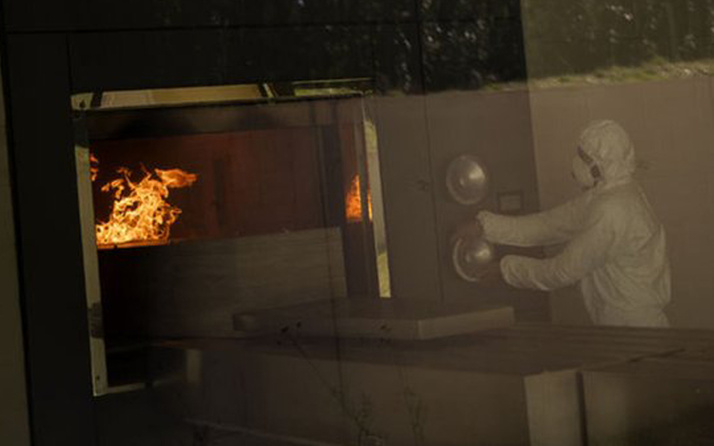 Burası Avrupa'nın göbeği! Korona'dan ölenlerin cenazeleri yakılmaya başlandı