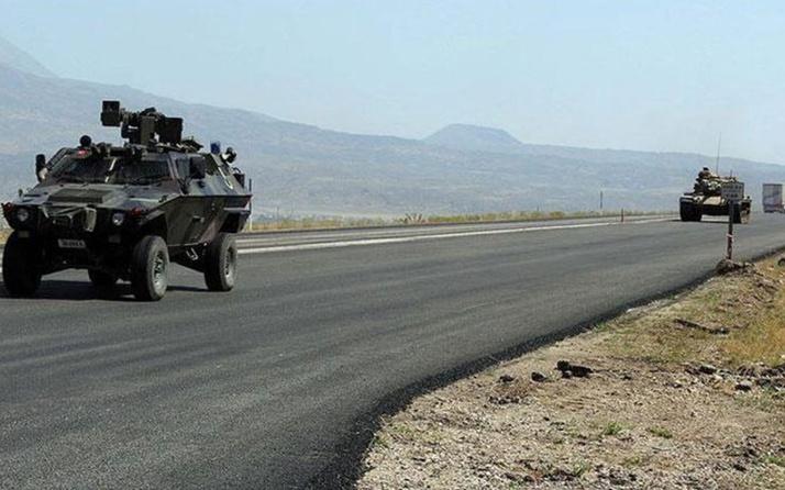 Van Çatak'ta askeri araç devrildi: 6 askerimiz yaralandı
