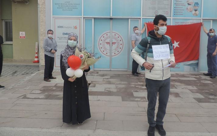 Bolu'da korona virüsü yenen doktor ve hemşire taburcu edildi