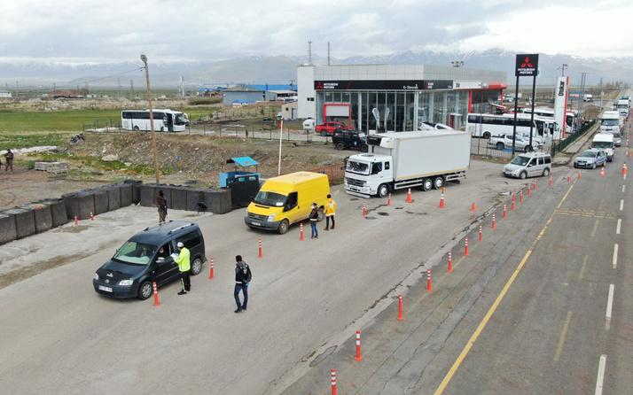 Erzurum'da sahte belgeyle seyahat eden 90 kişiye 283 bin 500 lira ceza