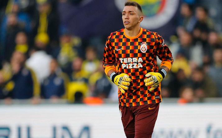 Galatasaray, Muslera'nın sözleşmesini uzatıyor