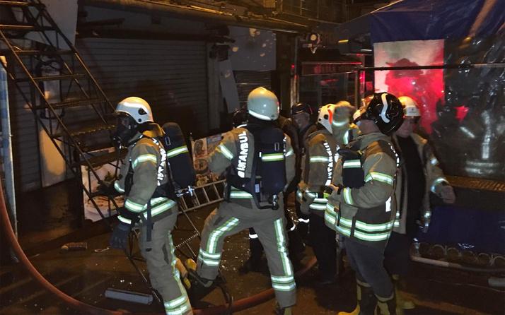 Kadıköy Balıkçılar Çarşısı'ndaki balık restoranı alev alev yandı