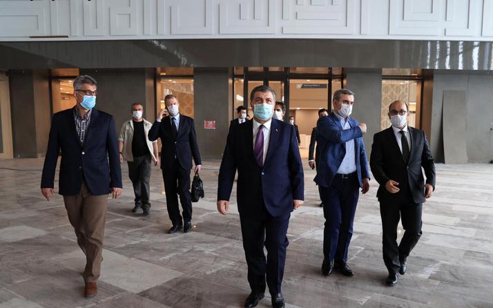 Fahrettin Koca Başakşehir Şehir Hastanesinin açılışı için tarih verdi