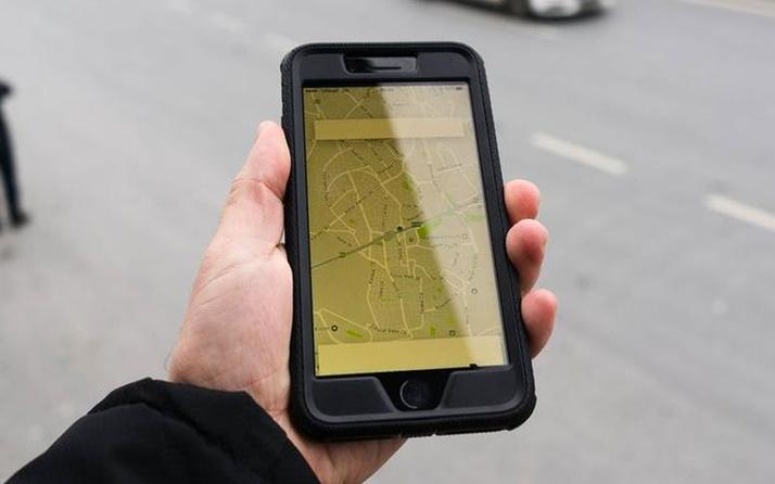 Dünyaca ünlü taksi uygulaması UBER binlerce kişiyi daha işten çıkardı