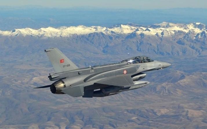 TSK'dan Kuzey Irak'a hava harekatı! 5 PKK'lı terörist etkisiz hale getirildi