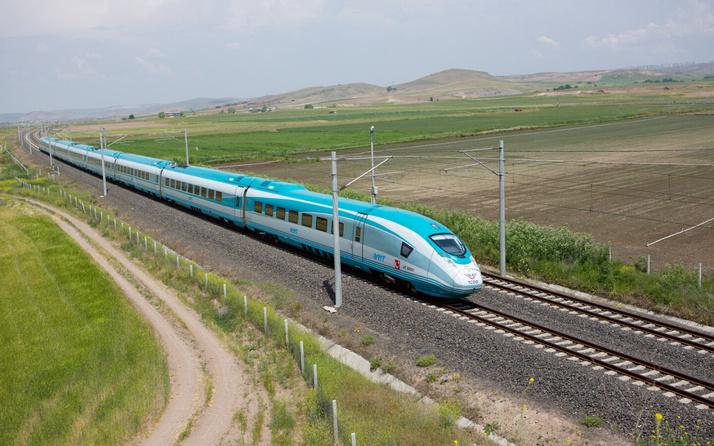 Bakan Karaismailoğlu Konya-Karaman hızlı tren hattının yıl sonu açılacağını açıkladı