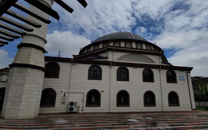 Bursa'da camiden hırsızlık yapıldı