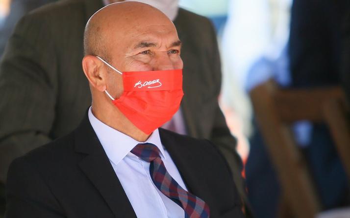 Tunç Soyer'in Atatürk imzalı maskesi dikkat çekti