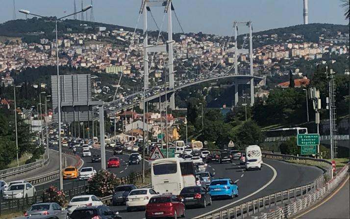 İstanbul'da Cuma trafiği yoğunluğu