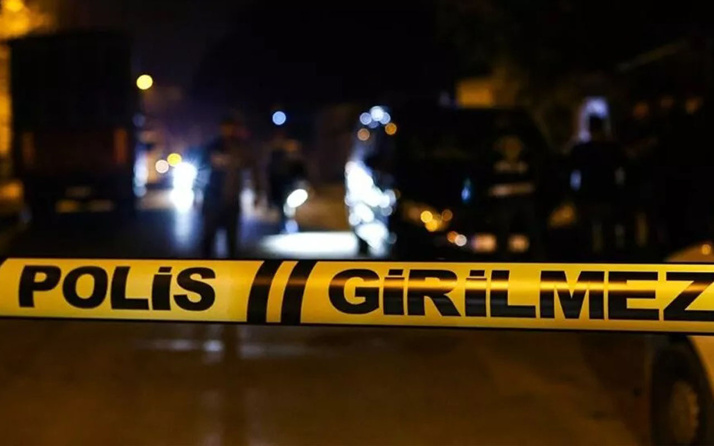 Başakşehir'de emekli polis siteyi kan gölüne çevirdi: Çok sayıda yaralı var