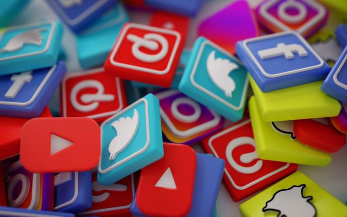 Sosyal medyaya ilişkin düzenlemeleri içeren kanun Resmi Gazete'de yayımlandı