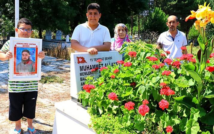 Cuntacıların tankla ezerek şehit ettiği Muhammet Aksu mezarı başında anıldı