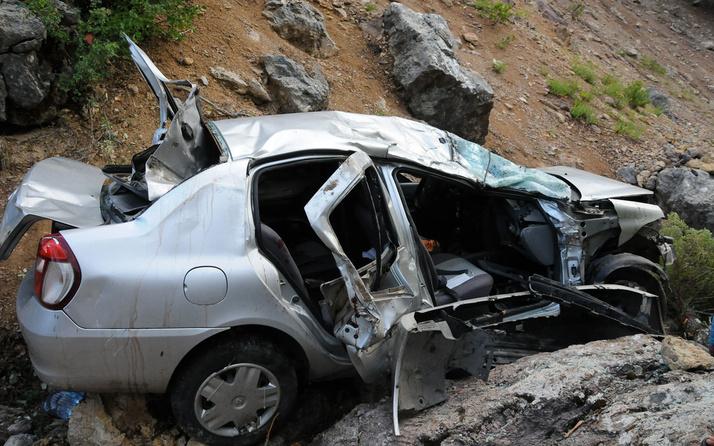 Alanya'da feci kaza! Otomobil uçuruma yuvarlandı: 3 ölü, 4 yaralı
