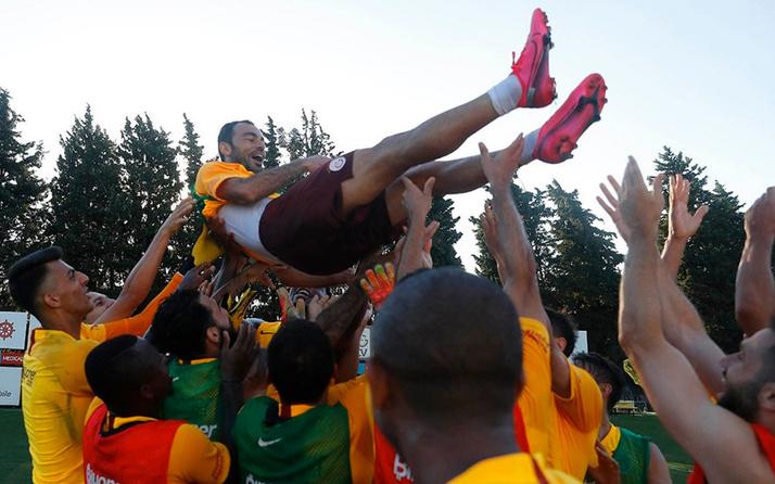 Galatasaray'da bir dönemin sonu! Selçuk İnan Florya'da veda etti