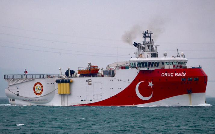 Yunanistan'dan Fransız gemisiyle provokasyon! Oruç Reis Mavi Vatan'a sokmadı