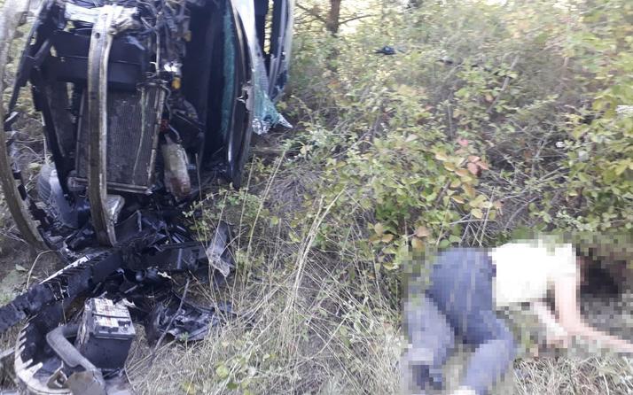 Adana'da acı kaza: Araçtan fırlayan 1 kişi öldü 1 kişi yaralandı