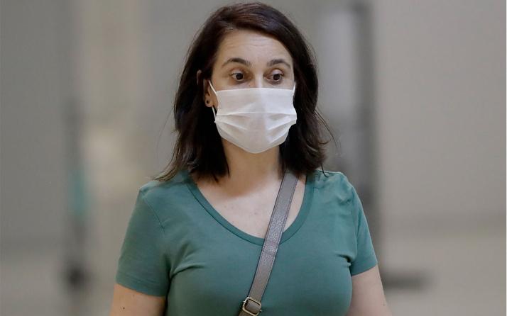 Kadınlar koronavirüse karşı neden daha dayanıklı? Bilim insanlarını yanıtı buldu