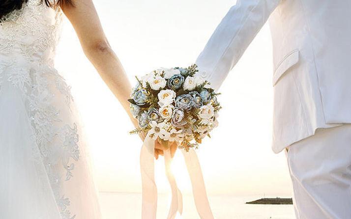 ABD'de düğünde onlarca kişiye koronavirüs bulaştı! Ölenler var