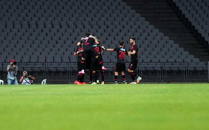 Fatih Karagümrük Süper Lig'e yeni çıktı ligin zirvesine kondu