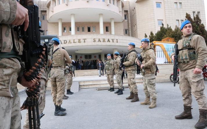 Şanlıurfa merkezli FETÖ operasyonunda 14 asker gözaltına alındı
