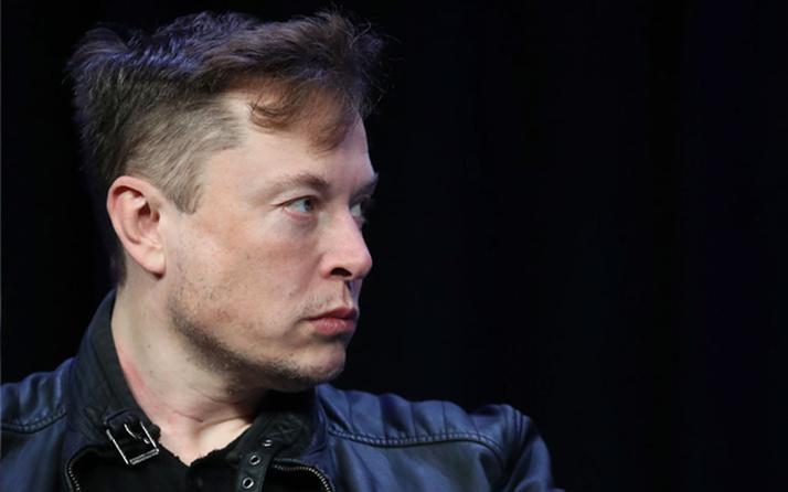Elon Musk'tan Covid-19 aşısı kararı: Riskli grupta değilim yaptırmayacağım