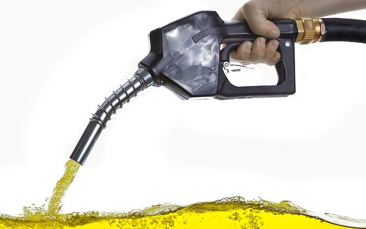 Benzin fiyatları iki günde bir değişiyor! 3 Ekim itibariyle benzine indirim geldi