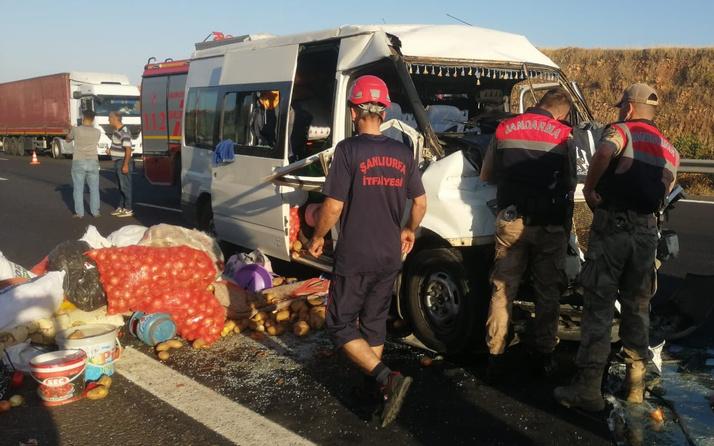 Şanlıurfa'da işçilerin minibüsü TIR'la çarpıştı! Çok sayıda yaralı var