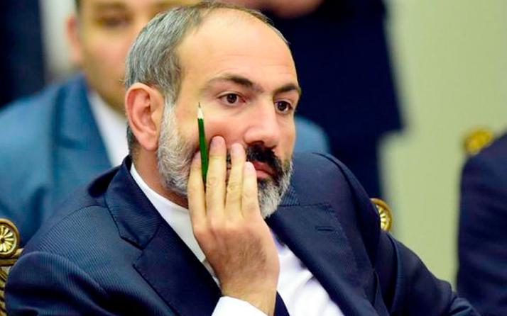Ermenistan'da darbe girişimi! Ordu hükümete muhtıra verdi Genelkurmay Başkanı görevden alındı