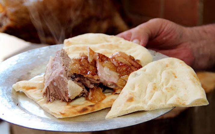 İngiliz büyükelçi Dominick Chilcott'tan Isparta kebabı sorusu