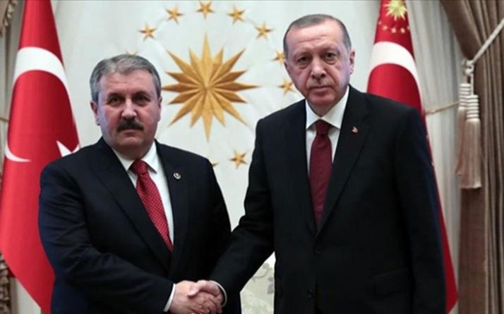 Cumhurbaşkanı Erdoğan'dan BBP Genel Başkanı Mustafa Destici'ye tebrik