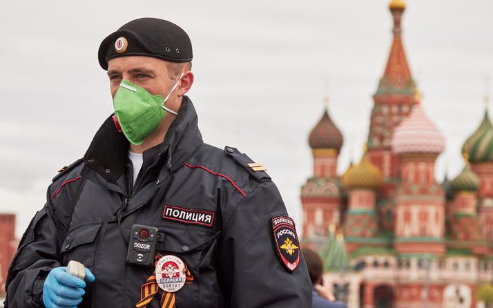 Rusya koronavirüs vaka sayısında rekor tazeledi