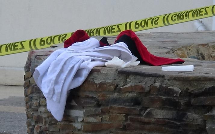 Diyarbakır'da sokak ortasında ablasını katletti! Geriye sadece bunlar kaldı