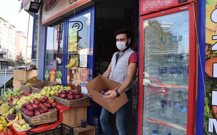 Kütahya'da esnaf Macron'a tepki için marketindeki Fransız ürünlerini raflardan indirdi