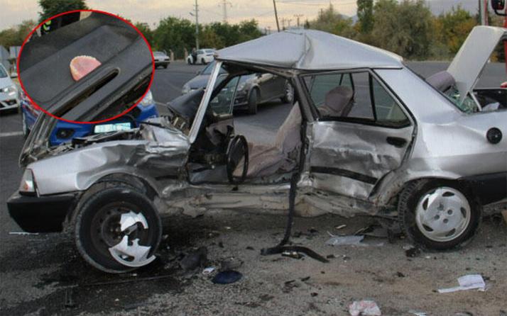 Elazığ'da otomobiller çarpıştı 1 ölü 2 yaralı
