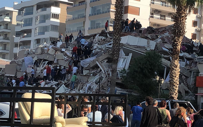 İzmir 6.6'lık depremle sarsıldı! İşte İzmir'de deprem toplanma alanları