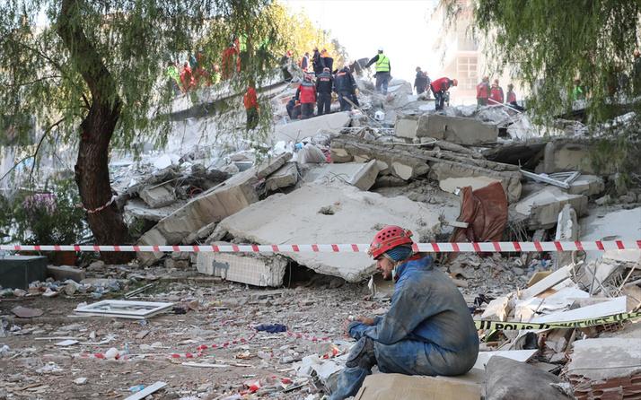 İzmir Valisi Köşger'den vatandaşlara flaş uyarı! Evinize hırsızları almayın