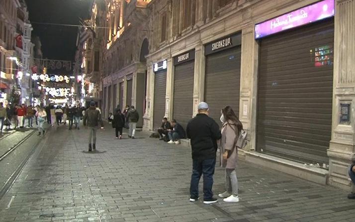 İstiklal Caddesi'nde saat 22.00'de kepenkler indirildi! Koronavirüs tedbiri
