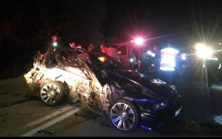 Burdur'da iki otomobil çarpıştı: 3 ölü 2 yaralı