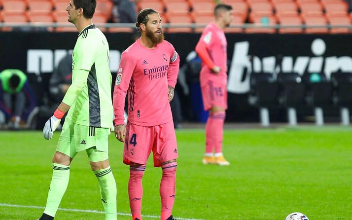 Real Madrid, üç penaltıya dur diyemedi Valencia'ya boyun eğdi