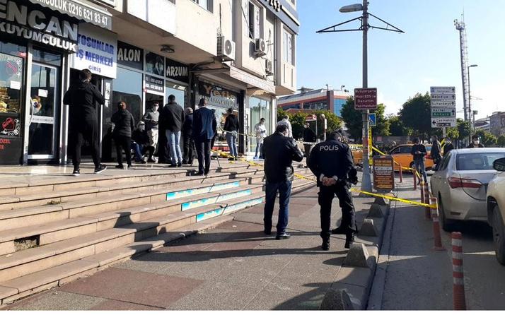 Sancaktepe'de silahlı kuyumcu soygunu