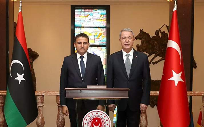 Milli Savunma Bakanı Akar, Libyalı mevkidaşı Namroush ile görüştü