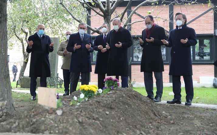 Cumhurbaşkanı Erdoğan Ahmet Kekeç'in mezarını ziyaret etti