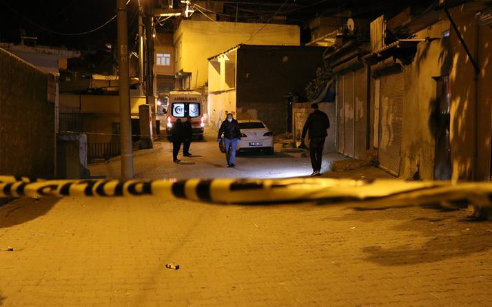 Diyarbakır'da 100'den fazla kurşun sıkıldı! Ortalık savaş alanına döndü