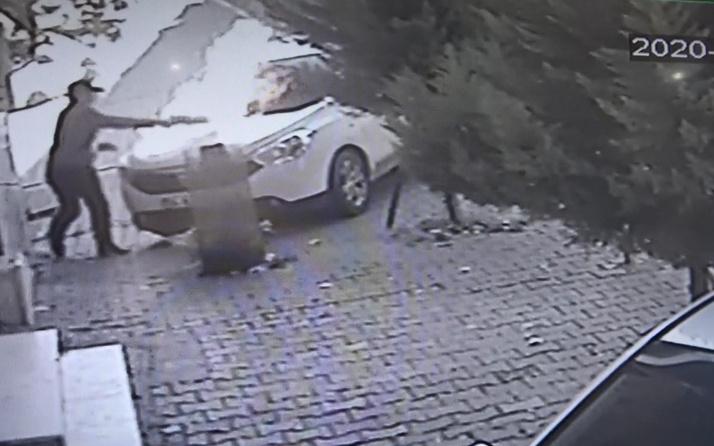 Esenyurt'ta park halindeki aracı kundakladı! Arkadaşından emanet almıştı