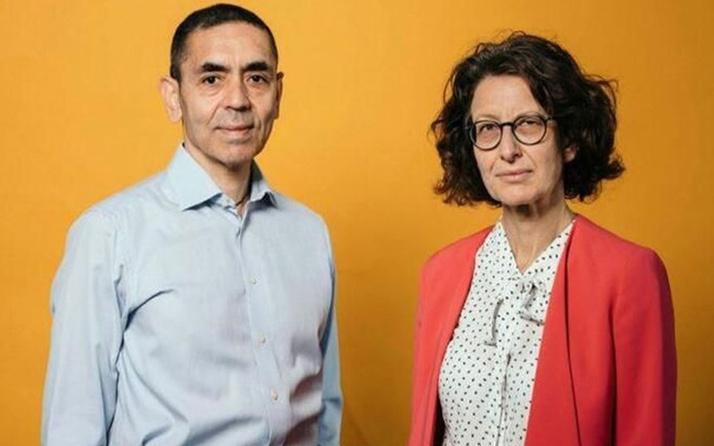 Merkel'den Kovid-19'a karşı aşı geliştiren Prof. Dr.Uğur Şahin ve eşi Dr. Özlem Türeci'ye övgü