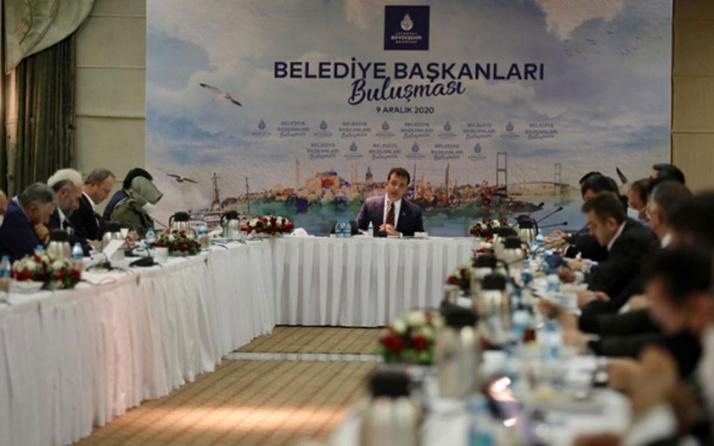 """İstanbul belediye başkanlarından 'Koronavirüs' toplantısı! """"Tam kapanma şart"""""""