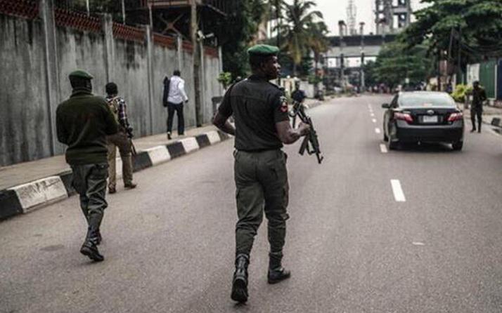 Nijerya'da katliam gibi baskın! Silahlı çeteler yüzlerce öğrenciyi kaçırdı