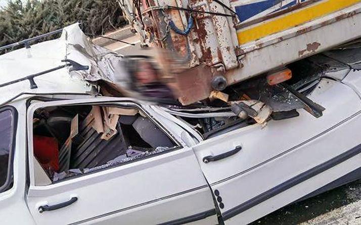 Ankara'da TIR'ın altına giren otomobilin sürücüsü öldü