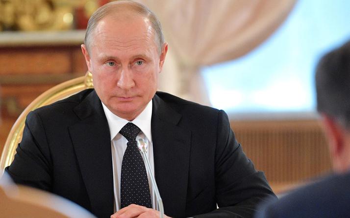 Vladimir Putin'den yıl sonu toplantısında flaş cevap! Aşı olacak mı?