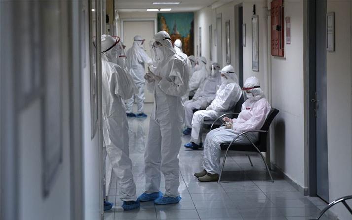 İl Sağlık Müdürü Ünal Hülür: Antalya'da koronavirüs vaka sayısında yüzde 55 düşüş var